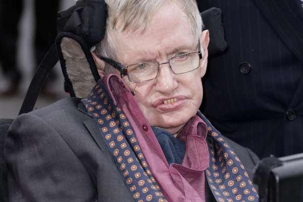 英國傳奇物理學大師霍金與世長辭 享壽76歲