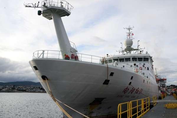 中國科考隊發現南極奇觀:海底熱液與冷泉並存,人類淨土也有「微塑膠」