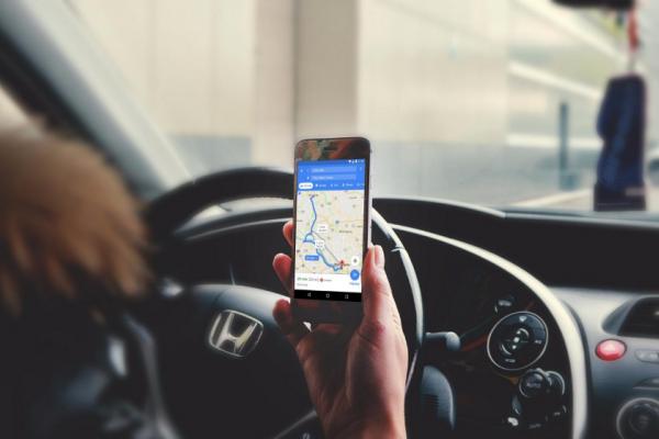Google地圖最強更新要來了?直接告訴你「前方星巴克右轉」,取代「前方500公尺右轉」