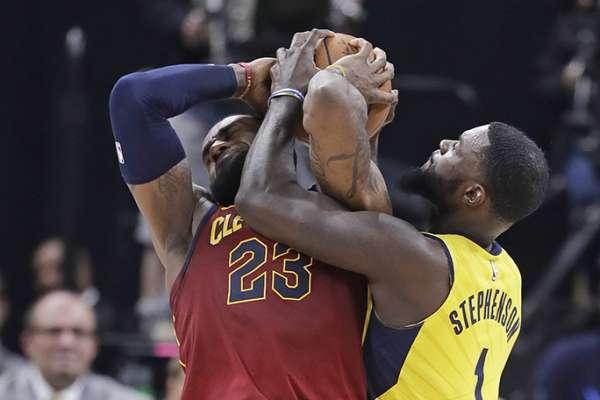 NBA》詹姆斯、史蒂文森並肩作戰 過去老冤家成新戰友