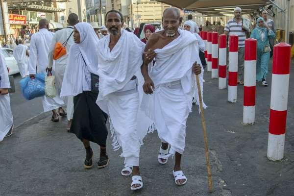 全球最大規模宗教朝聖活動今天開始!200萬穆斯林湧向聖城麥加「朝覲」台灣團已經出發