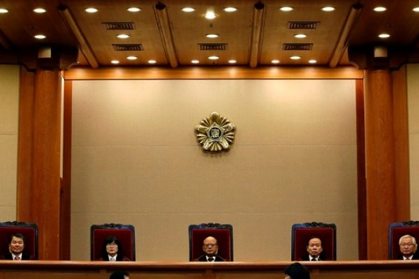 台灣民意基金會民調》通姦除罪化,6成9民眾反對
