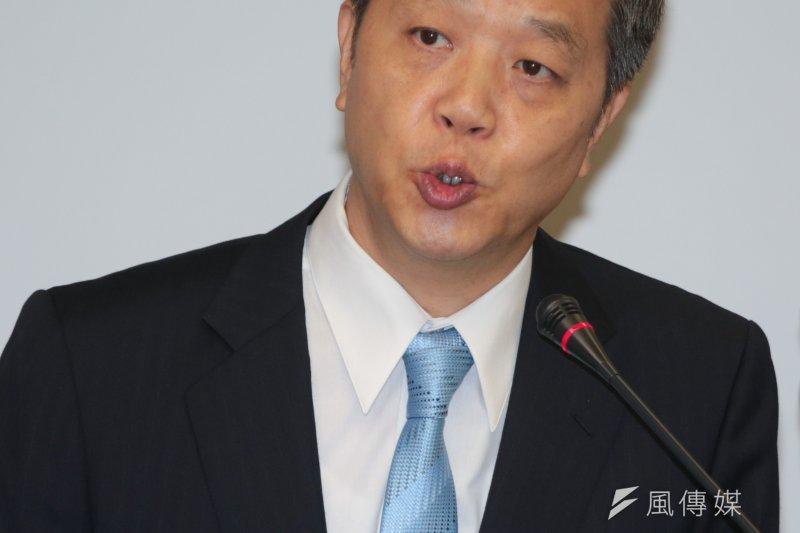 勞動部長陳雄文30日表示,勞動部已籌備近200億元資金,讓放無薪假的勞工可受訓,或發放學習津貼。但陳雄文也說,希望能不要用到。(資料照片,余志偉攝)