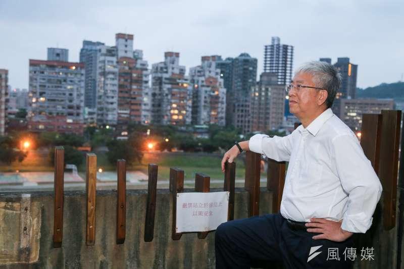 20151110-公宅專題.政大地政系教授張金鶚專訪(陳明仁攝)