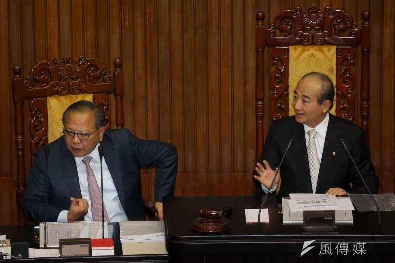 立法院前秘書長林錫山(左)收受近4000萬元回扣,今以5000萬元交保。(資料照,余志偉攝)