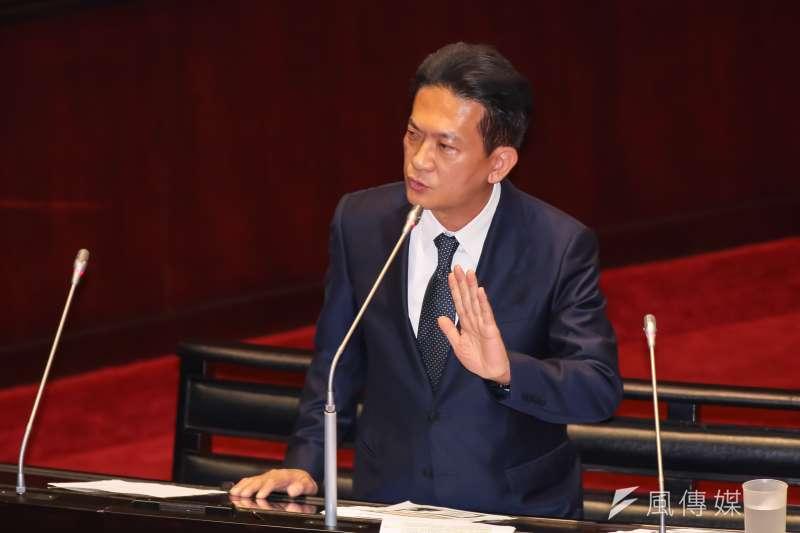 民進黨立委林俊憲12日表示,他幾經考慮,將不參加此次台南市長黨內初選。(資料照,顏麟宇攝)