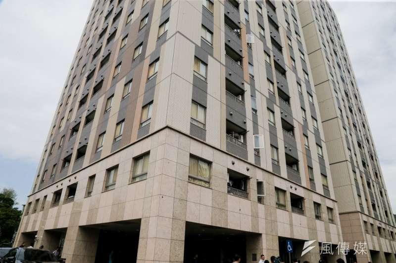 作者在文中解釋內政部住宅價格指數失準失真的原因,圖為台北市興隆公共住宅。(資料照,陳明仁攝)
