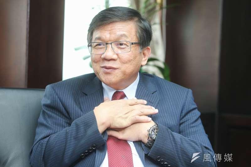 經濟部長李世光強調電業自由化絕不是要賣台電的電廠,「我們也沒有缺錢缺到這個階段。」(陳明仁攝)