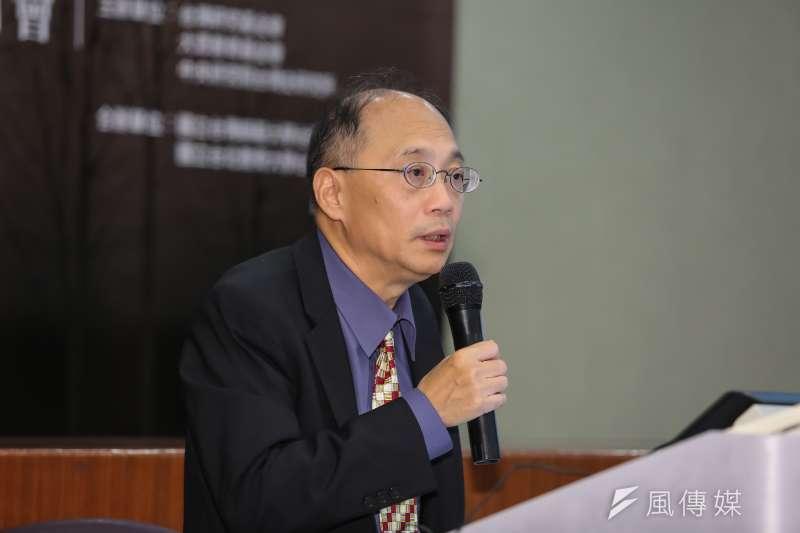 國史館長吳密察強調有關檔案閱覽之限制係依法行政,但會加速線上開放閱覽速度。(資料照/顏麟宇攝)