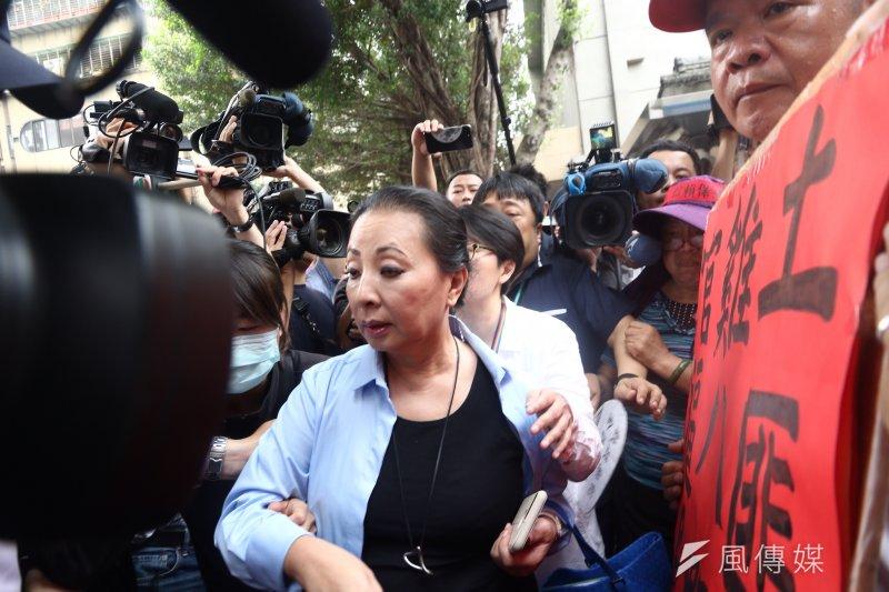 2017-04-19-反年金改革軍公教團體包圍立法院抗議-張花冠-曾原信攝