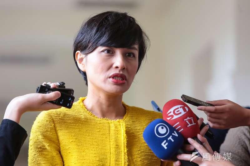20170427-民進黨立委邱議瑩27日於立院接受媒體聯訪。(顏麟宇攝)