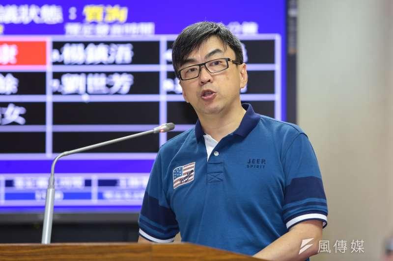 民進黨立委段宜康表示,若2018年5月行政院未將版本送入立法院,他將辭去立委一職。(資料照,顏麟宇攝)