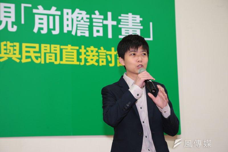 昨(15)日台灣突然發生跳電,苗博雅認為,這次跳電的基本原因是「防呆裝置」不夠確實,相關機制出現問題。圖為國賓戲院停電情況。(資料照,顏麟宇攝)