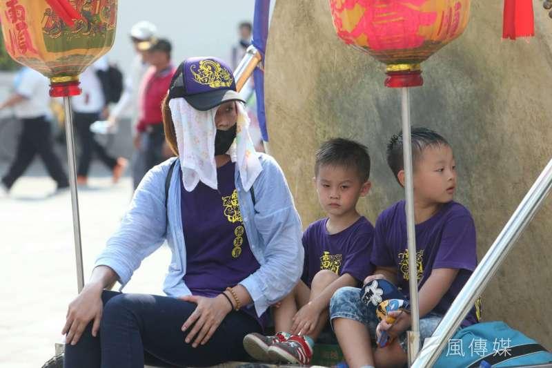 2017-07-23--「史上最大科,眾神上凱道」遊行,上百轎班於凱道繞境03-陳明仁攝