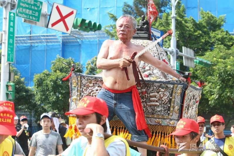 2017-07-23--「史上最大科,眾神上凱道」遊行,上百轎班於凱道繞境-陳明仁攝
