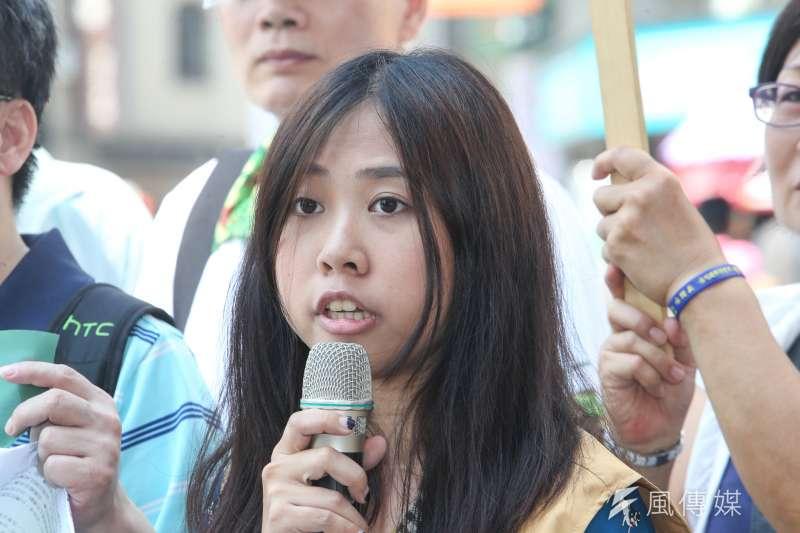 台聯青年部主任許亞齊出席呼應日本人發起的發起的台灣正名活動,台聯「2020東京奧運台灣正名,街頭連署暨記者會」在台北舉行。(陳明仁攝)