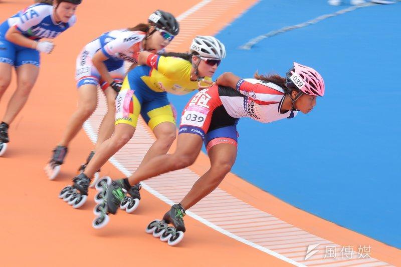 20170822-世大運中華女子滑輪隊22日於15000公尺淘汰賽中,包辦金銀兩面獎牌,選手李孟竹(編號039)奪銀。(顏麟宇攝)