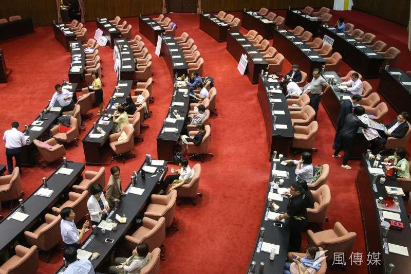 民進黨團3日提請召開立法院臨時會,處理《勞動基準法》修正草案等6案。(資料照,陳明仁攝)