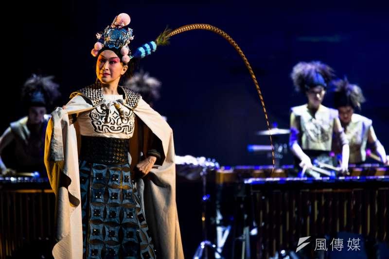 睽違4年,由國光劇團與朱宗慶打擊樂團攜手合作的擊樂劇場《木蘭》,自俄羅斯凱旋而歸後,將再度重現於國人眼前。(朱宗慶打擊樂團提供)