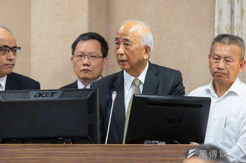 20171023-第一銀行董事長蔡慶年23日於立院外交國防委員會備詢。(顏麟宇攝)