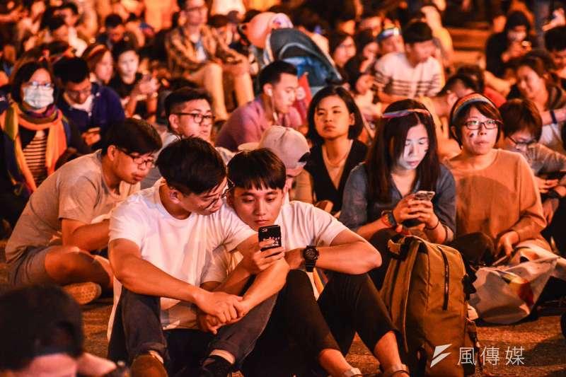 20171028-2017同志大遊行晚會現場。(顏麟宇攝)