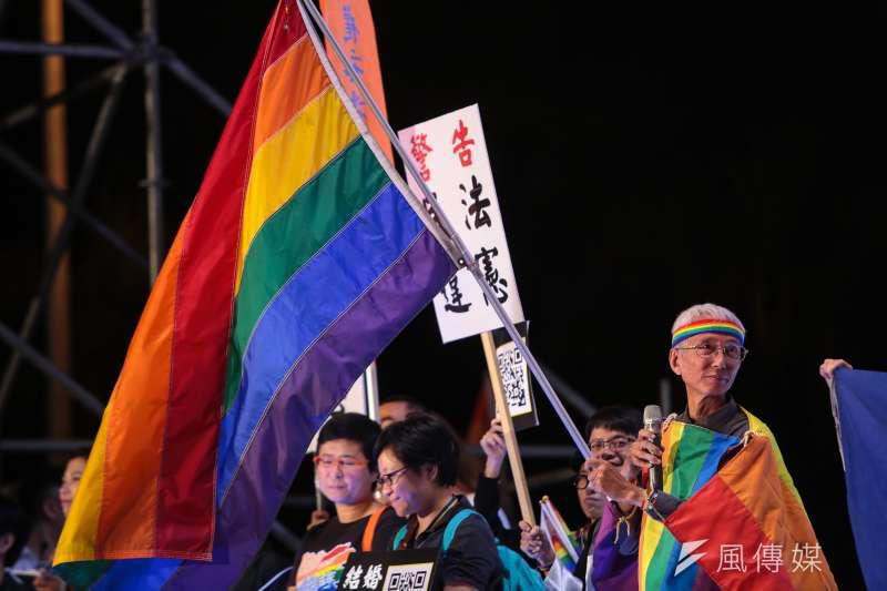 20171028-同志平權運動先驅祈家威出席2017台灣同志遊行晚會活動。(顏麟宇攝)