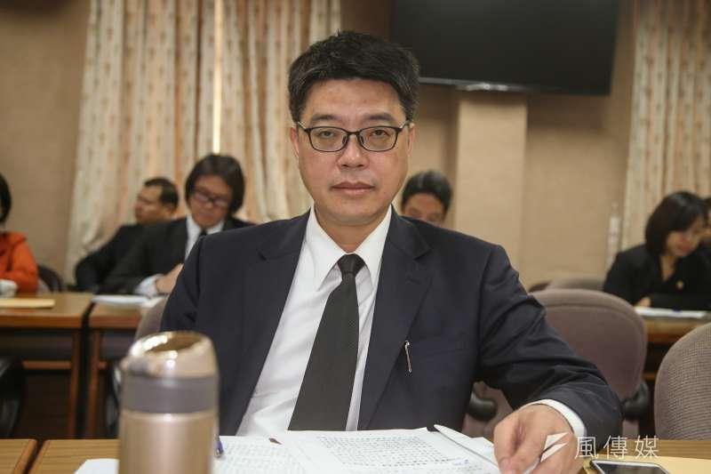 邱垂正指出,由於上述航路已影響飛航安全,政府要求陸方依照2015年3月協商共識,盡速與台灣溝通協商。(資料照,陳明仁攝)