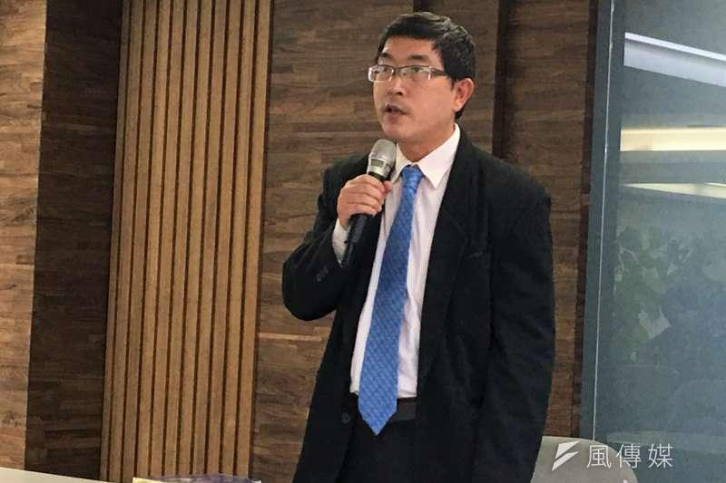 台北醫學大學副教授張國城認為,自從聯合國出現之後,一個殖民地或是政治體系,必須經由國際承認,才能算是一個國家。(黃宇綸攝)
