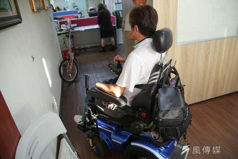 20171110-風數據脊髓捐傷專訪,新北市脊椎損傷協會常務理事呂建興。(顏麟宇攝)