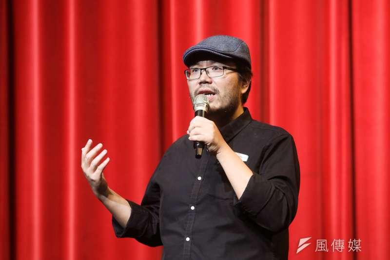 20171110-紙風車劇團「諸葛四郎」彩排,該劇導演林于竣。(陳明仁攝)
