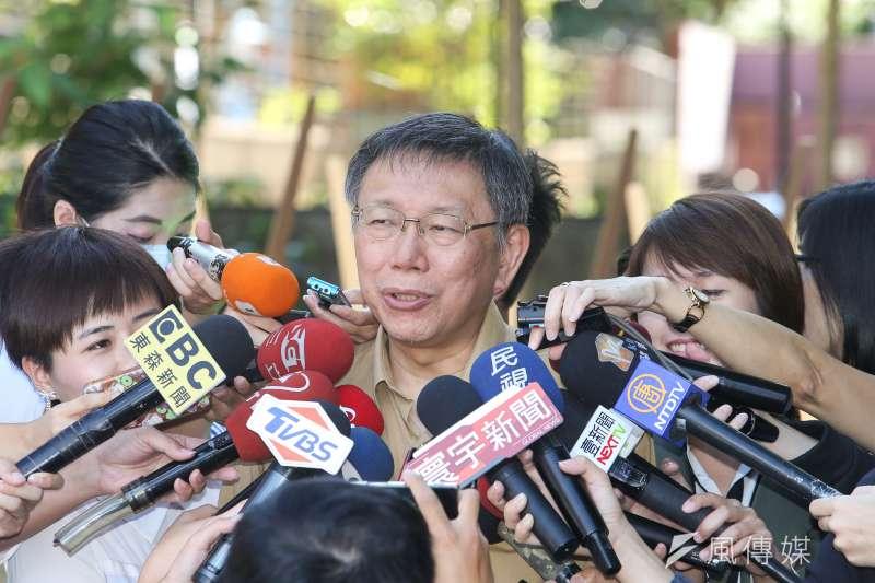 宜蘭代理縣長陳金德日前嗆「台北市若拆除1%違建,就要把宜蘭所有違規的填土、圍牆全部敲掉」。對此,台北市長柯文哲今笑說,已拆除3%了。(資料照,陳明仁攝)