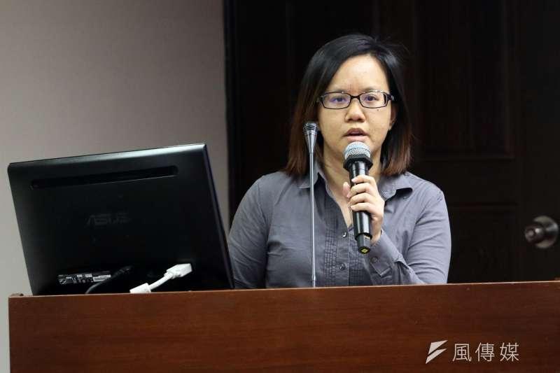 2017-11-30-立法院衛環委員會舉行勞基法公聽會,婦女新知基金會秘書長覃玉蓉。(蘇仲泓攝)