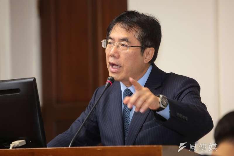 民進黨立委黃偉哲在明年台南市長選舉民調中拿下第一。(資料照,顏麟宇攝)