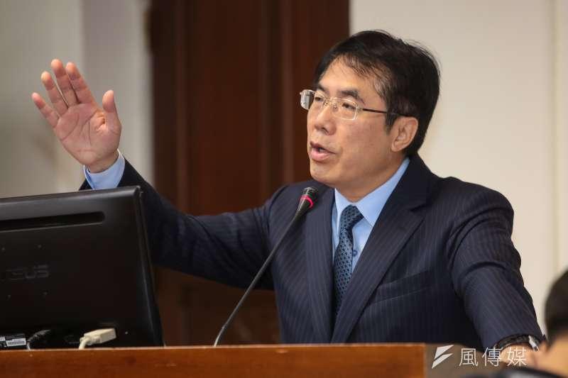 20171130-民進黨立委黃偉哲30日於立院經濟委員會質詢。(顏麟宇攝)