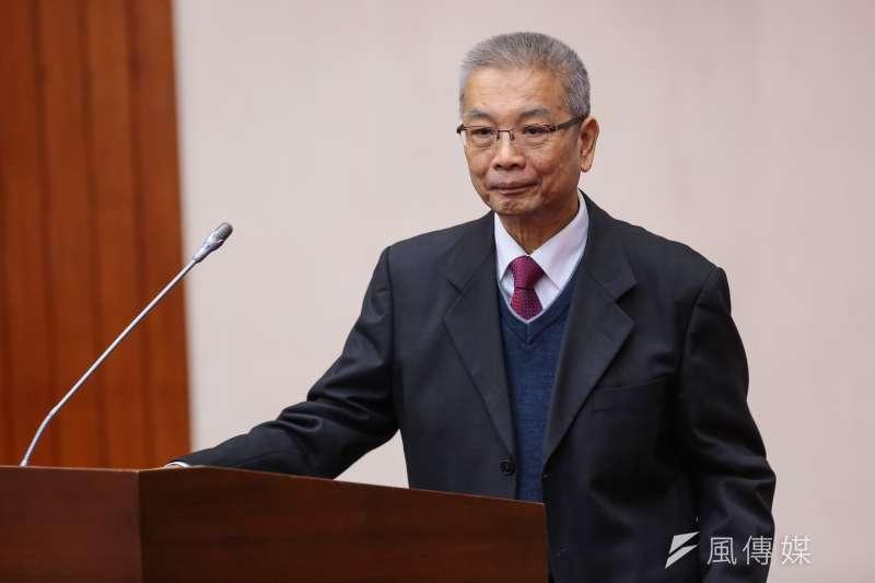 財政部長許虞哲指出這次稅改是簡化稅制。但作者認為,台灣稅制改來改去,怎能談得上簡化稅制。(資料照,顏麟宇攝)