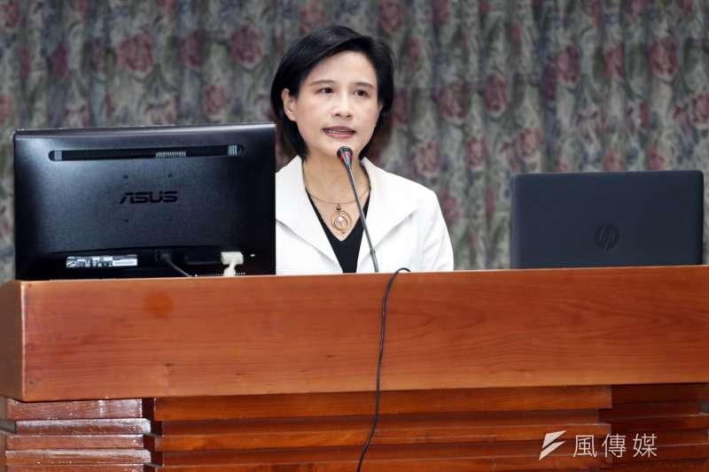 20171211-立法院教育文化委員會,邀請文化部長鄭麗君出席報告並備詢。(蘇仲泓攝)