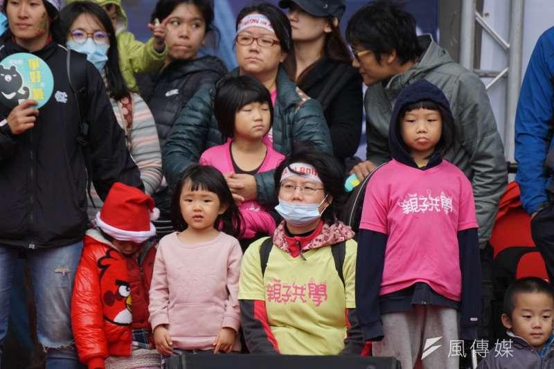 20171217-民眾踴躍參加台中空污大遊行。(盧逸峰攝)