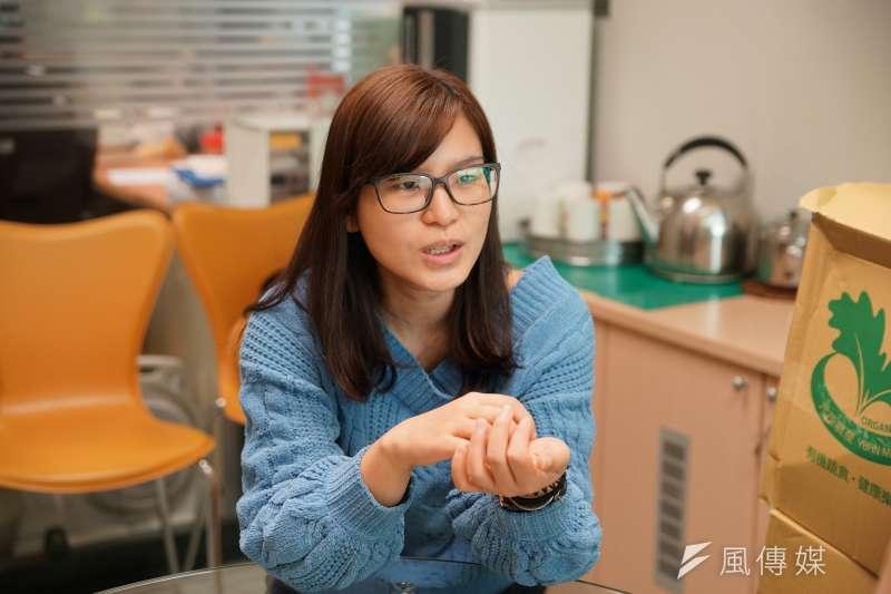 20180102-風數據專題,訪談新北市社會局高風險家庭中心主任解佩芳。(盧逸峰攝)