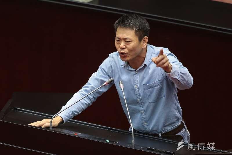 國民黨提名副縣長楊文科參選新竹縣,而原先呼聲最高的林為洲(圖)「被做掉」。(資料照,顏麟宇攝)