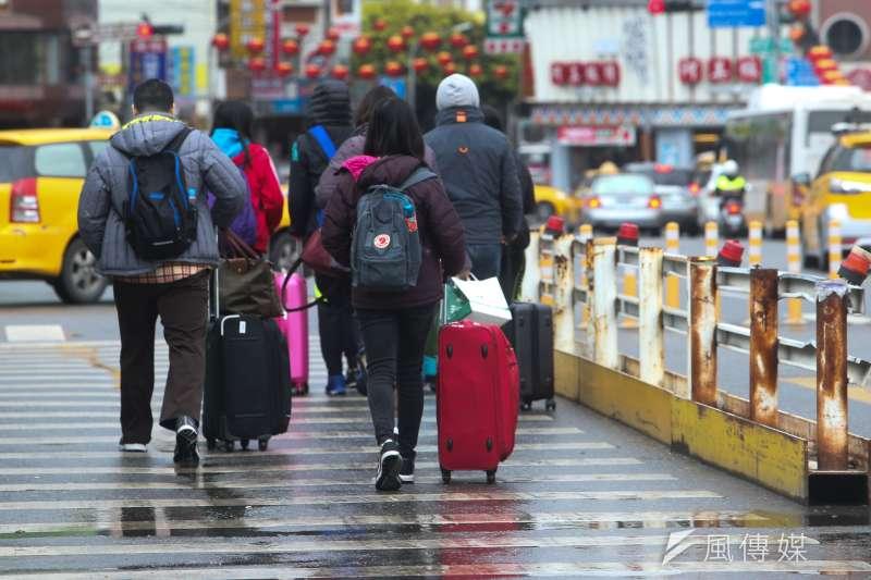 花蓮206大地震,死者半數是陸客,陸委會擔心失聯人士中還有自由行的陸客。圖為地震後花蓮狀況。(資料照片,陳明仁攝)