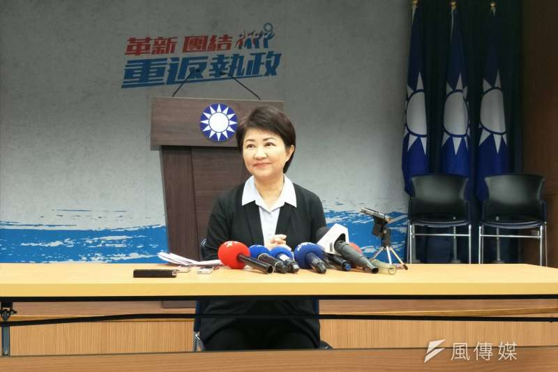 國民黨今(9)日上午公布台中市長協調結果,由現任立委盧秀燕以50.308%的支持度,勝過立委江啟臣49.692%。(周怡孜攝)