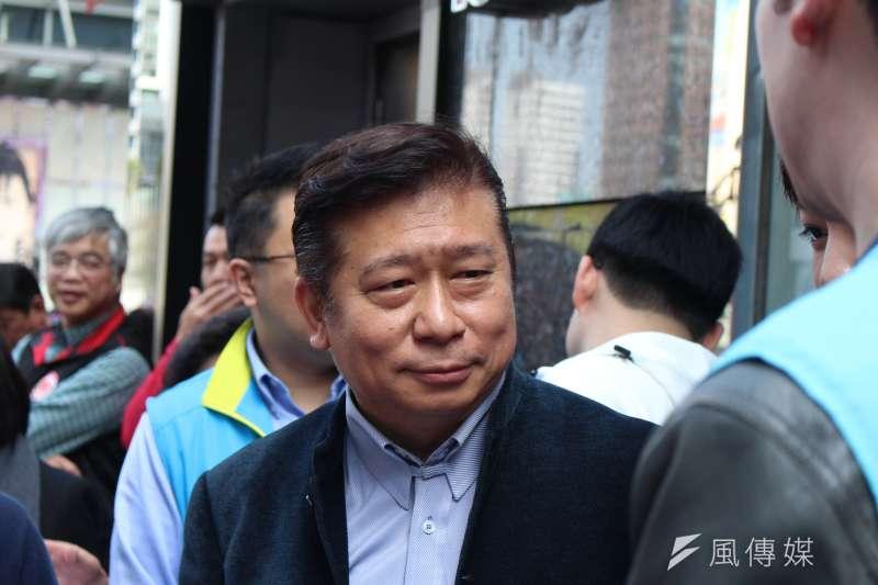 2018-02-27-國民黨台北市黨部27日舉行捐血獻愛心活動,台北市長參選人張顯耀出席。(方炳超攝)