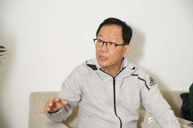 有意角逐台北市長的前藍委丁守中批柯文哲,上任後只招商1億美元,相比港、星、首爾等地差很多。(盧逸峰攝)
