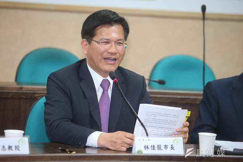 台中市長林佳龍回應海水採礦投資案爭議。(資料照片,陳明仁攝)