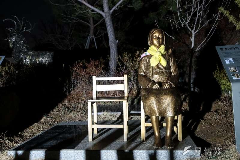 20180306-慰安婦專題,韓國京畿道光明市,光明洞窟前和平少女像。(顏麟宇攝)