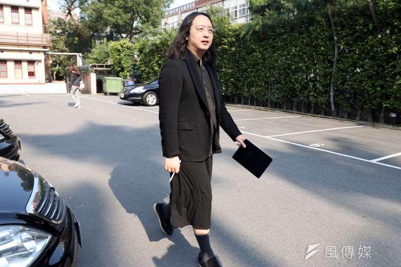 政委唐鳳應邀至台中市府「智慧城市推動會議」分享經驗。(蘇仲泓攝)