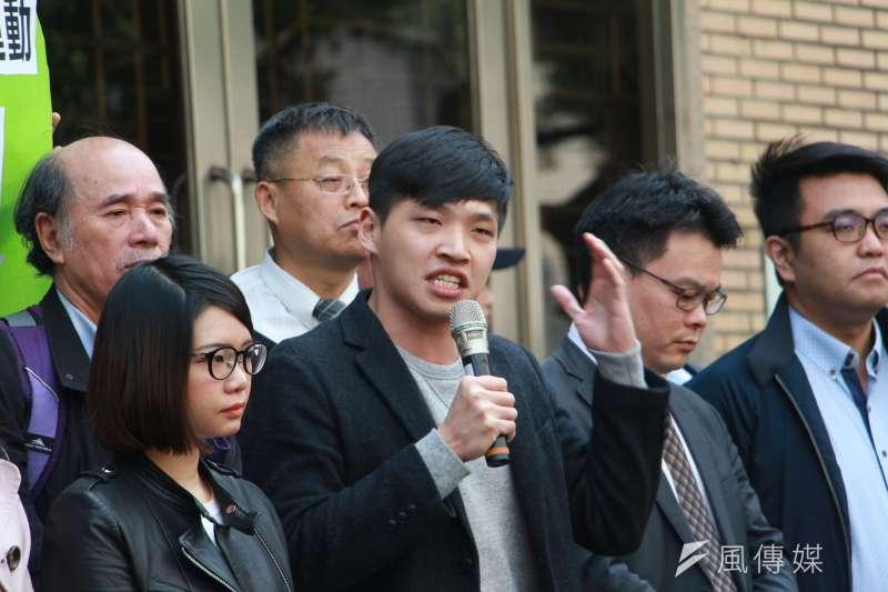 「318反黑箱服貿運動,佔領立法院二審宣判無罪,陳為廷發言嗆聲習近平。(陳韡誌攝)