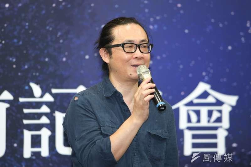 針對台灣漫畫助手制度逐漸式微,漫畫家阮光民表示,助手是附加條件,沒助手不代表不能畫畫。(資料照,陳明仁攝)