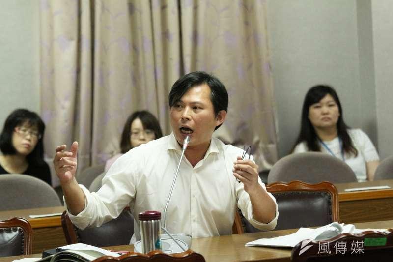 時代力量立法委員黃國昌發言。(資料照片,陳韡誌攝)