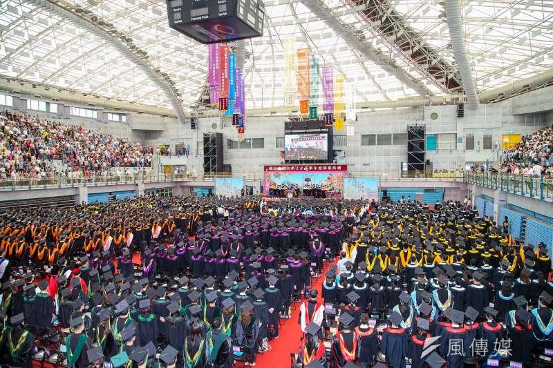 20180610-台灣大學畢業典禮。(陳明仁攝)